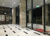 Dịch vụ lau kính tòa nhà, lau kính nhà cao tầng văn phòng